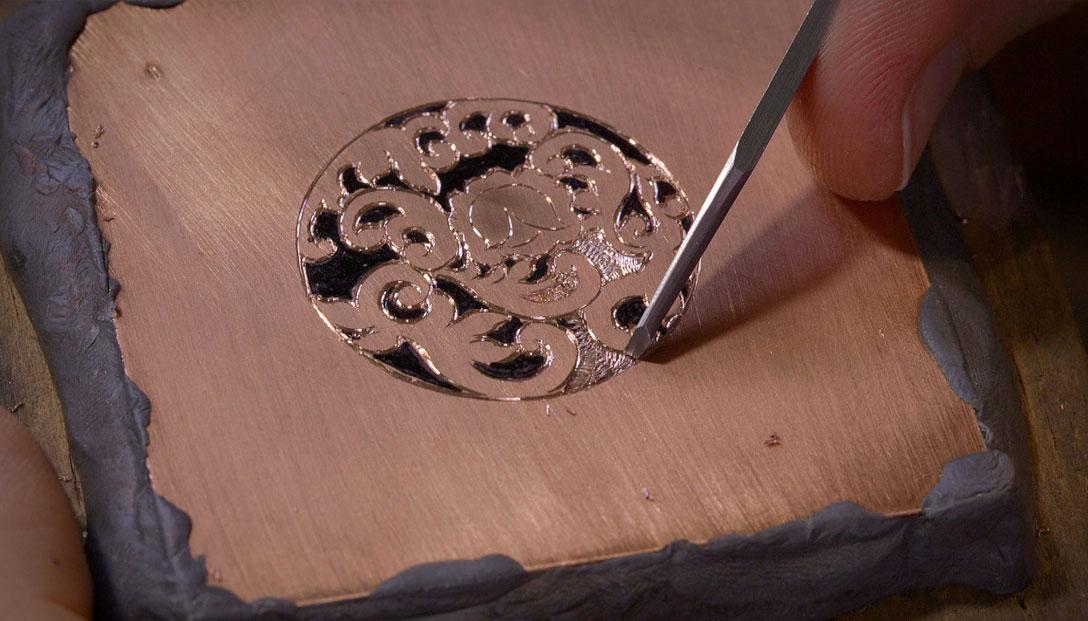 02G-7-Excavado-diseno-floral-excavado-y-textura-del-fondo